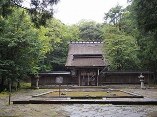 P5040112若狭彦神社.jpg