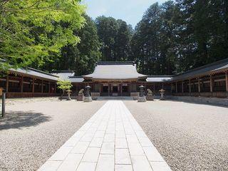 P5180325水無神社拝殿.jpg