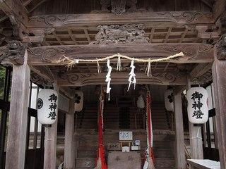 P5191342鵜波西神社本殿.jpg