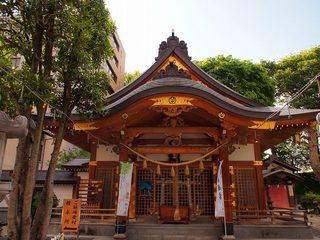 P5239021歌懸稲荷神社拝殿.jpg