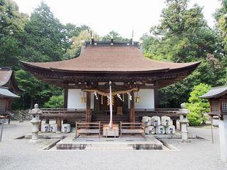 P5250139御上神社本殿(国宝).jpg