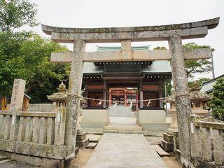 P6010371由良湊神社鳥居.jpg